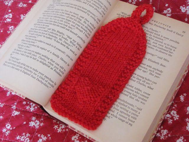 Valentine, Heart Bookmark Knitting Pattern