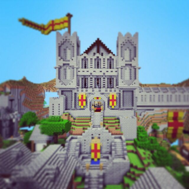 Minecraft PE Fallen Kingdom Castle | Minecraft Photography