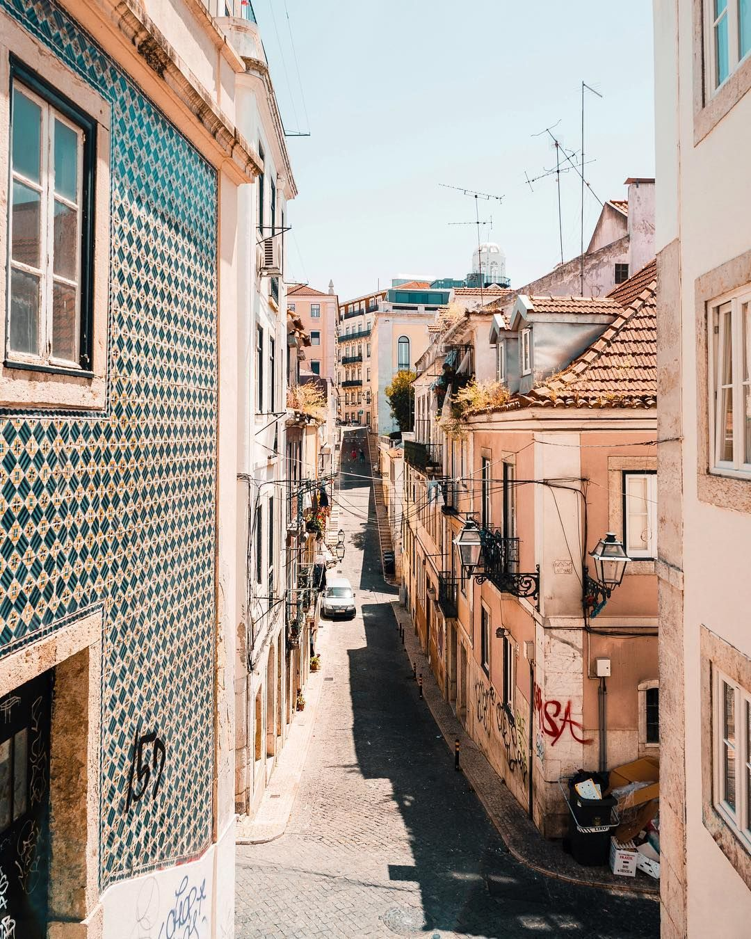 Lisbon Portugal Must Do Travel Tips: Pin By DrewMagnumStudio_ On Out