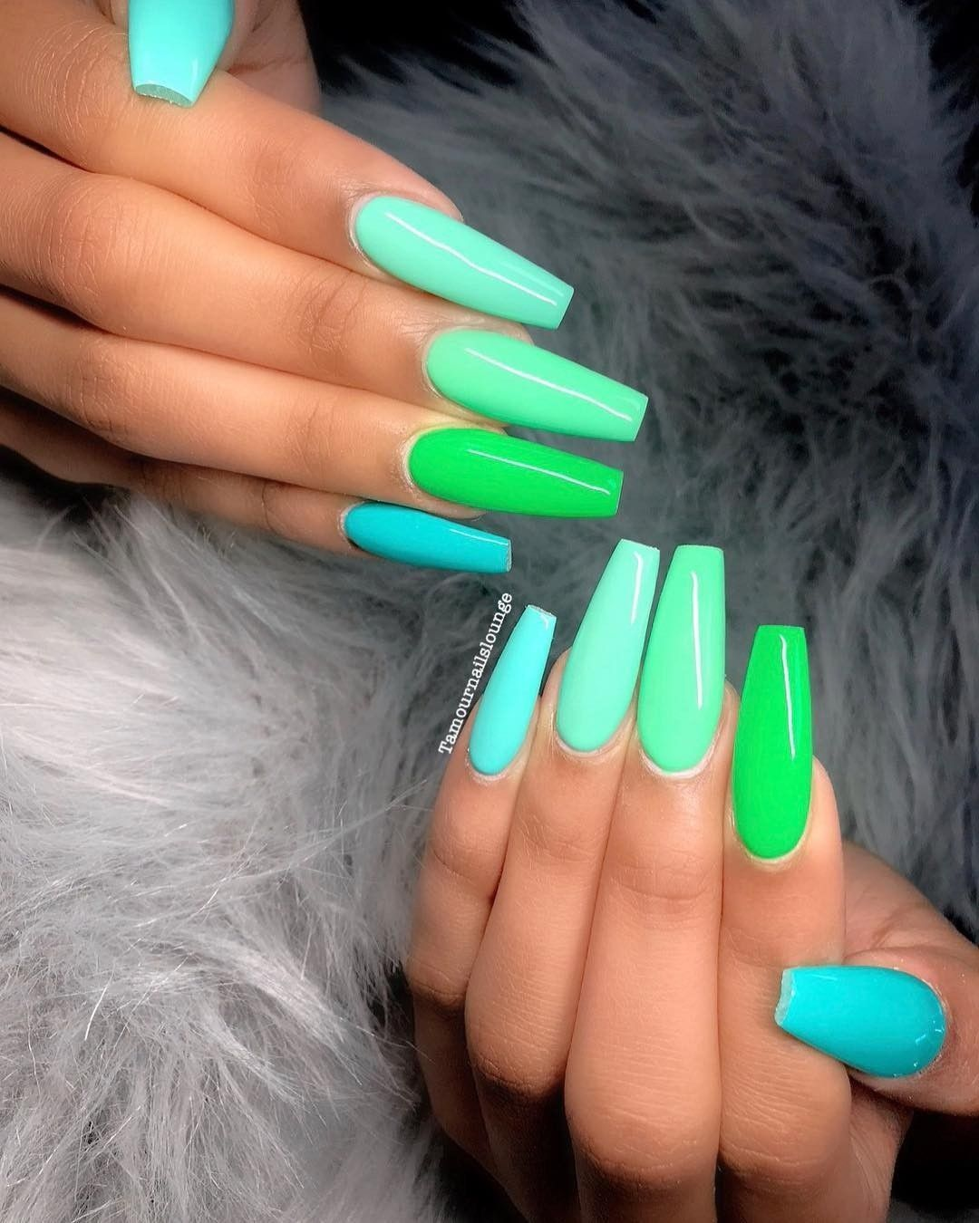 Pretty Nail Design For Women Blue And Green It S The Summer Time In 2020 Dream Nails Simple Nails Pretty Nails