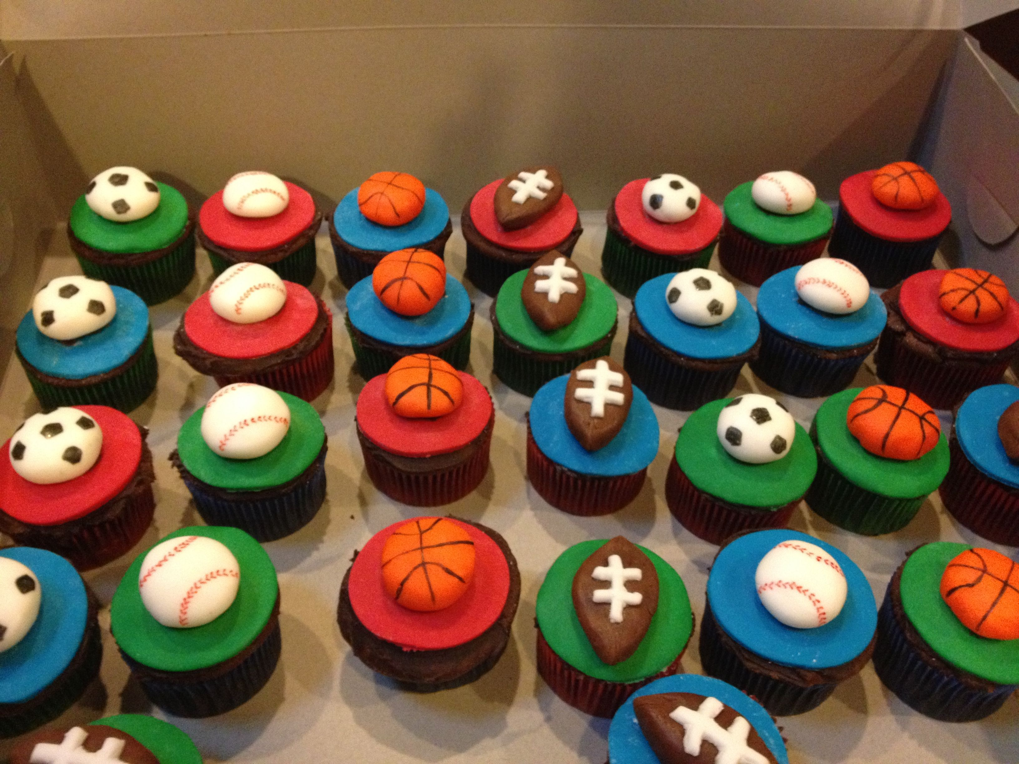 Fondant Topped Sports Themed Cupcakes