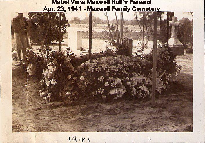 Mabel Holt's Funeral- Apr. 23, 1941 -2