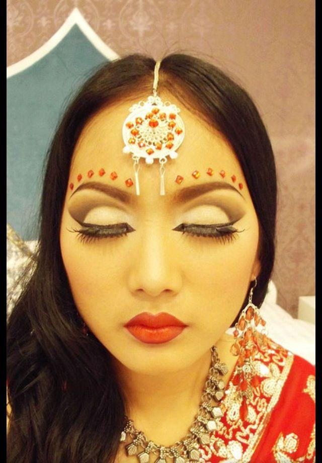 Indian eye makeup | Indian eye makeup, Eye makeup, Diy ...