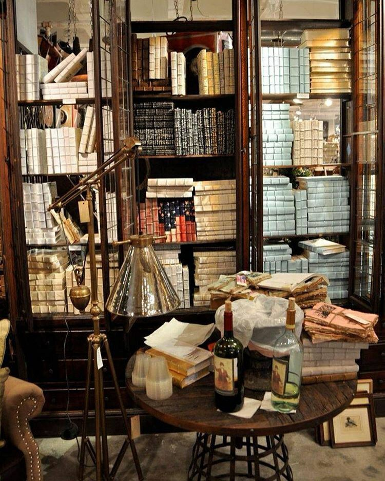 10 Best Bookshelf Ideas For Creative Decorating Projects