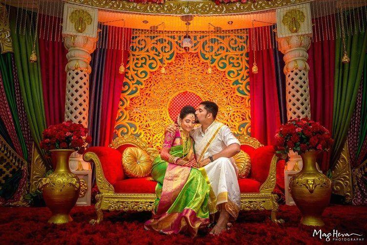 Jenietha Kumaran S Bright Floral Tamil Wedding Malaysia 1001 In 2020 Indian Wedding Deco Indian Wedding Photography Indian Wedding Decorations