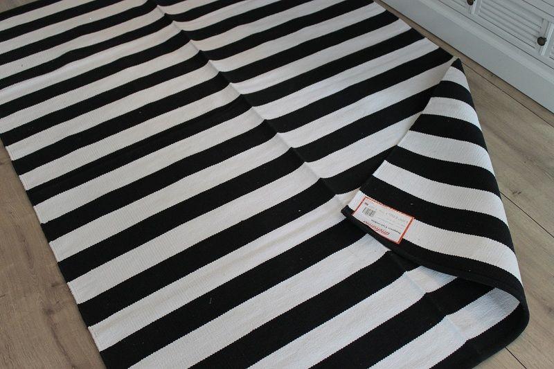 Teppich Schwarz Weiss Gestreift Streifen 140x200 Von Caipi2709 Auf