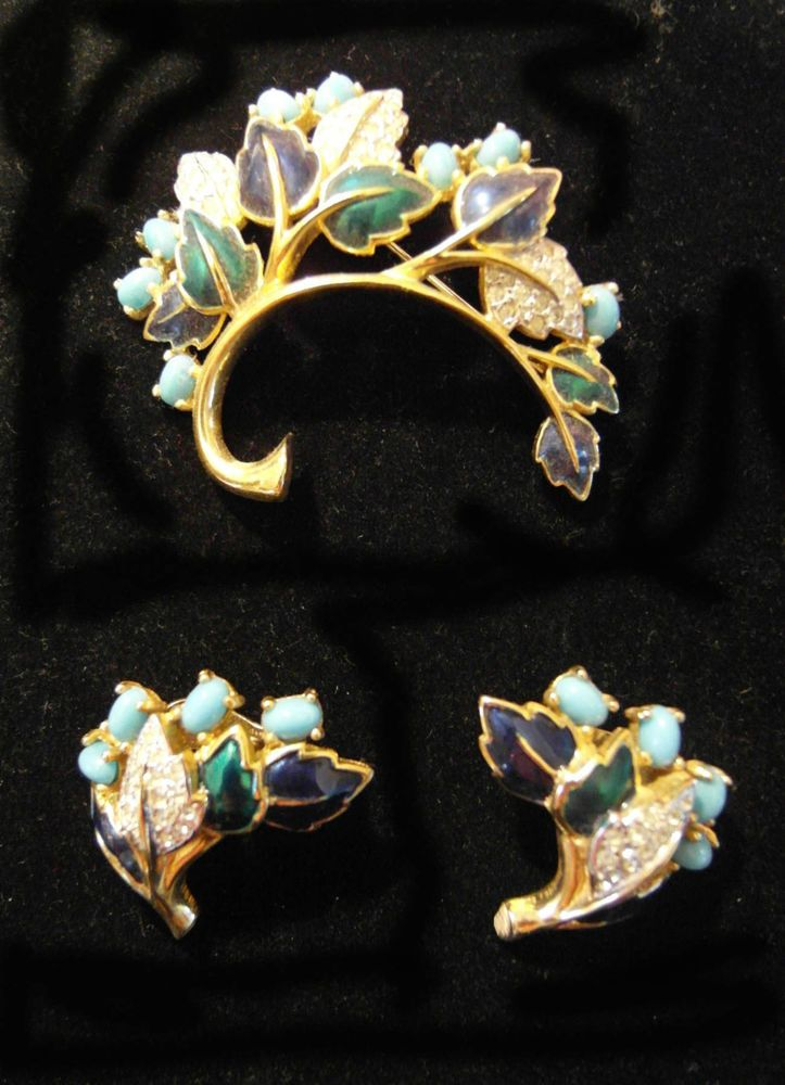Jomaz Mazer Set Gold Pave' Rhinestone Turquoise Enamel Pin Brooch Earrings Vtg