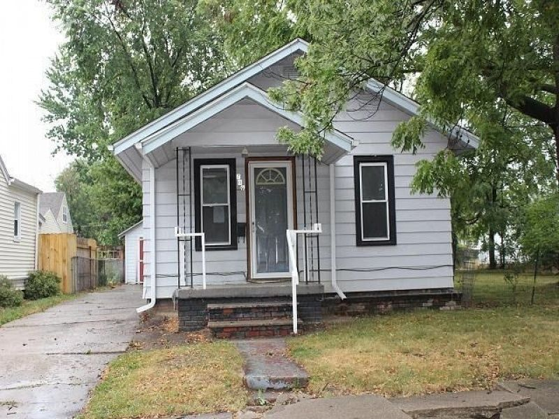 Cheap House 2 bedrooms 1 bath in Shenandoah, Iowa (With