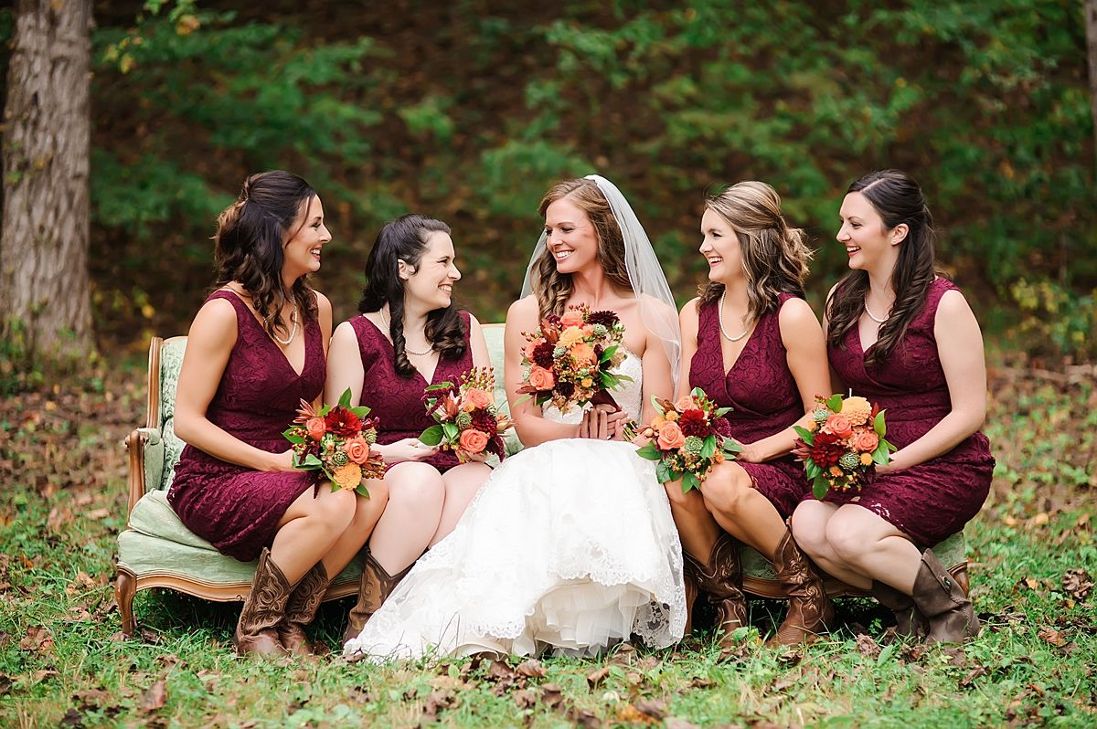 Southern Perfection At Heartland Meadows From Tracy Shoopman Photography Short Burgundy Bridesmaid Dresses Fall Bridesmaid Dresses Burgundy Barn Wedding Dress