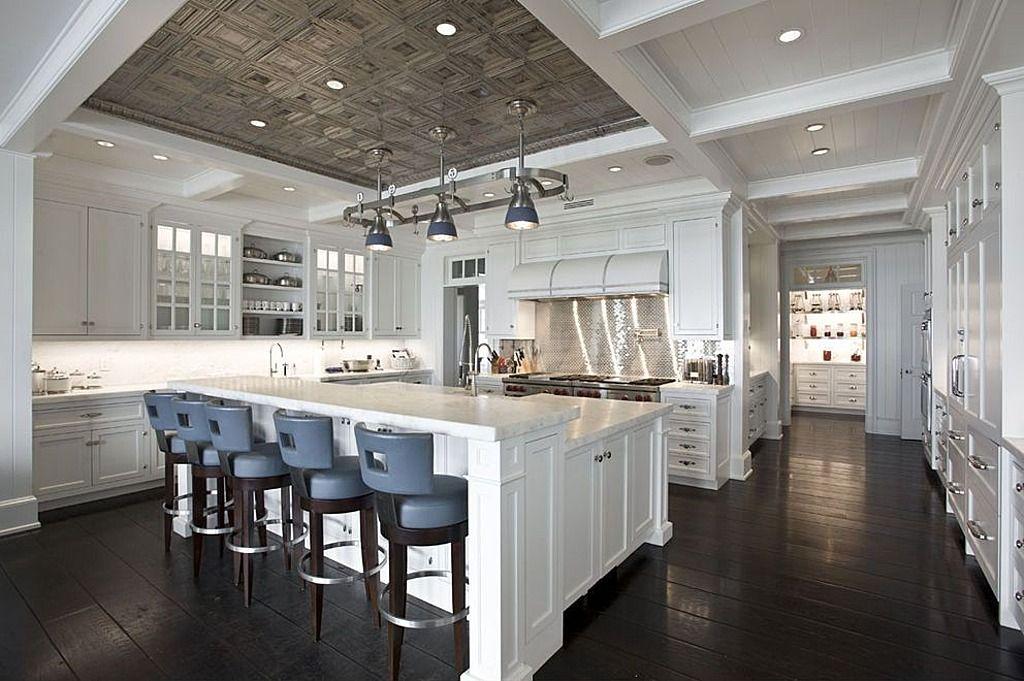 Super luxury modern interior home design.