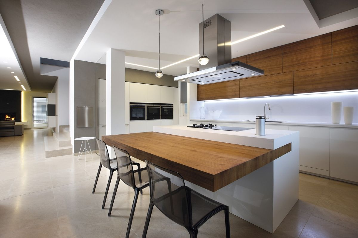 Cucina Soffitti Alti : Geometrie ad alto impatto visivo la cucina non fa altro che
