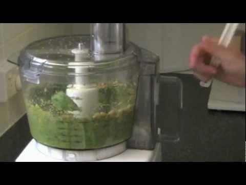 How to make #Raw #Vegan #Pesto video