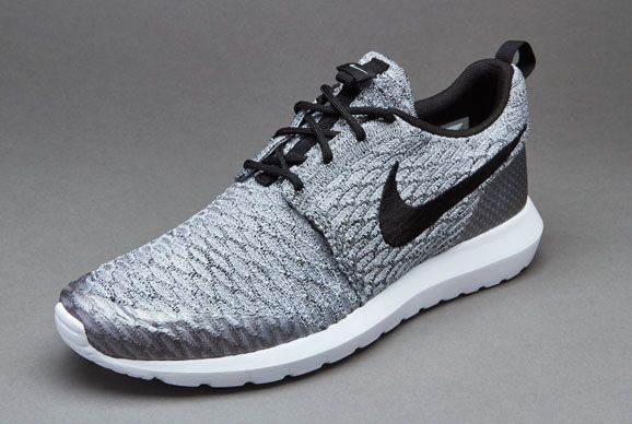 sale retailer 3e905 f75b4 Nike Sportswear Roshe NM Flyknit SE - Wolf Grey   Black   White
