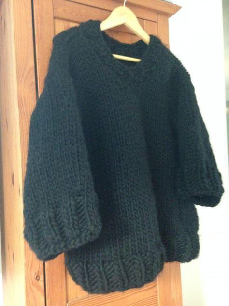un pull cocoon en grosse laine par c line tricot et. Black Bedroom Furniture Sets. Home Design Ideas