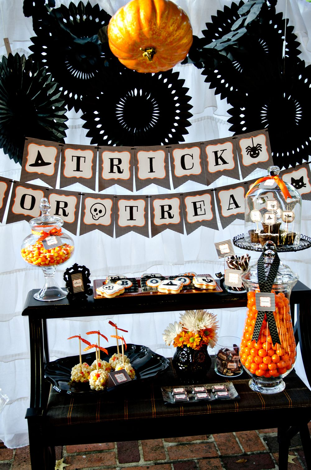 Halloween Decorations Easy Halloween Recipes  Food Ideas Belly - fall and halloween decorations
