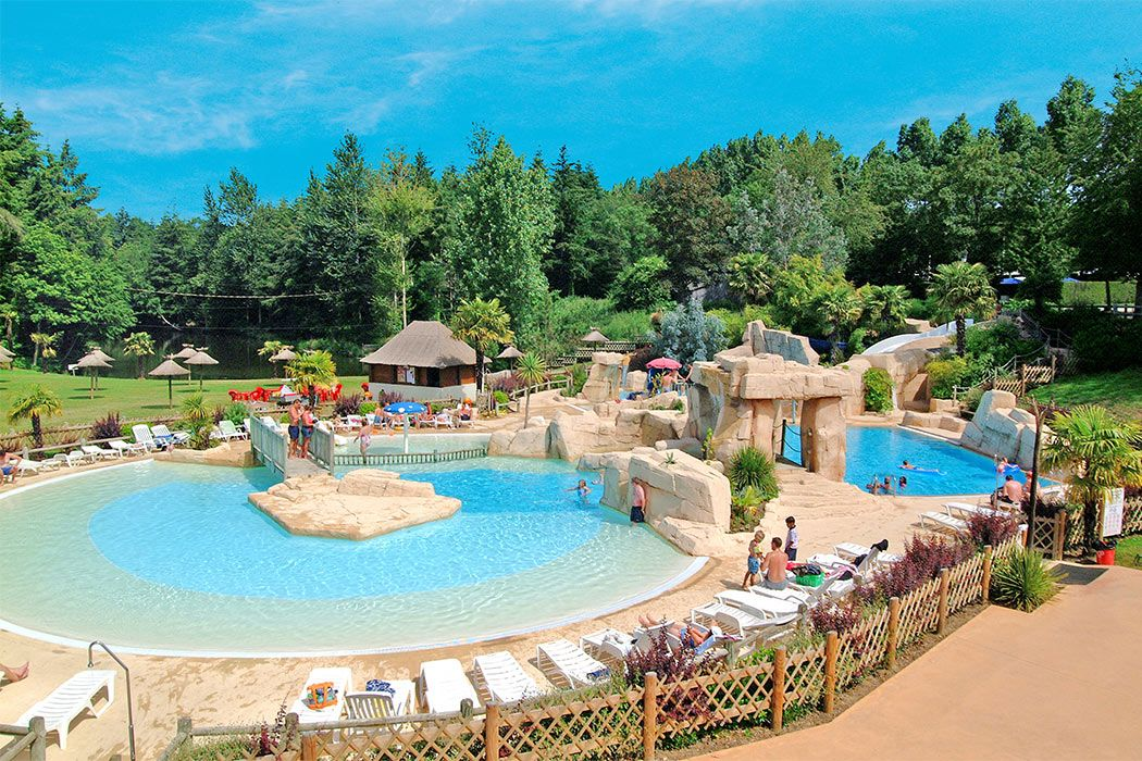 Summer Plans Domaine Des Ormes With Canvas Holidays Including Some Other Holiday Parks And Campsites Whe En 2020 Camping En Bretagne Camping En Tente Dol De Bretagne