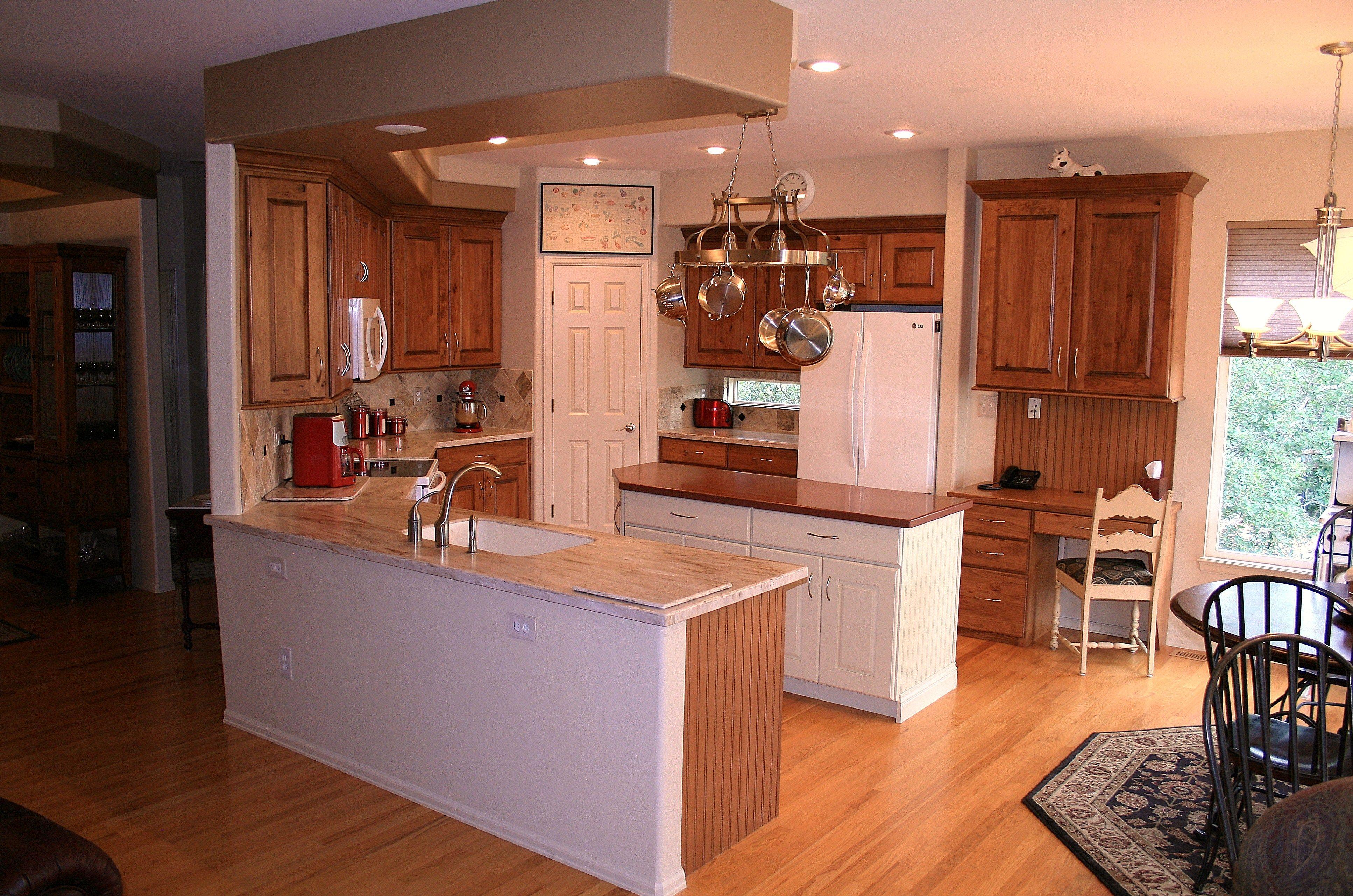 UShaped kitchen with Island in Middle Kitchen, U shaped