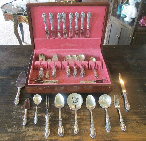 KING RICHARD 1932 70pc Sterling Silver Flatware Set by Towle
