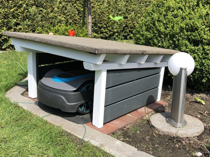 Photo of Garasje i svensk stil for robotgressklipperen – byggeanvisning for å bygge deg selv – 1-2 …