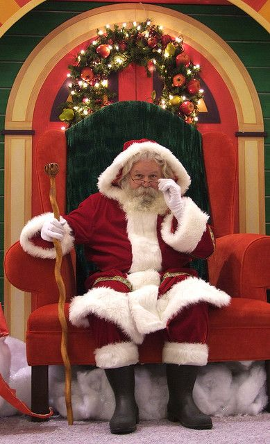 Santa Chair Christmas Pictures Christmas Spirit Santa Claus Is Coming To Town
