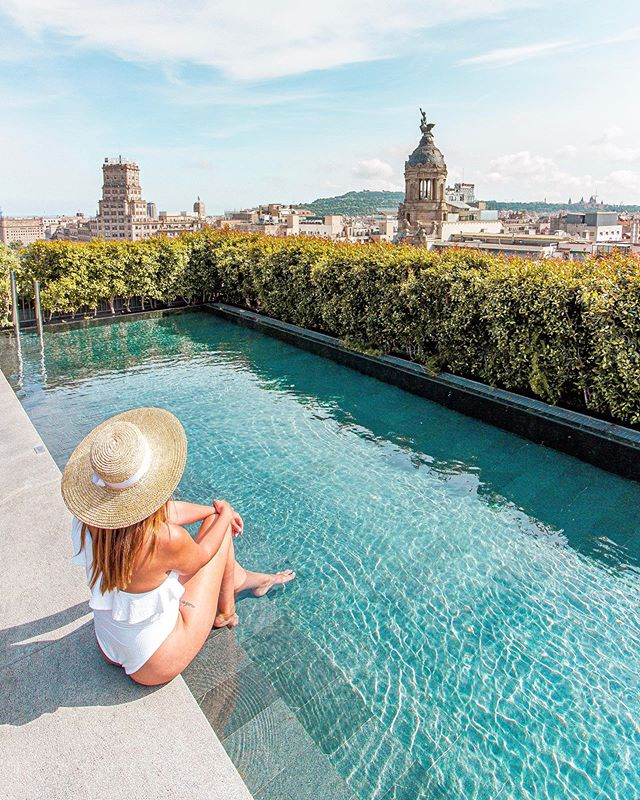 Hola Barcelona I M Back To One Of My Favorite Cities And Staying At Mo Barcelona Has Been A Drea Best Rooftop Bars Barcelona Travel Hotel Colon Barcelona