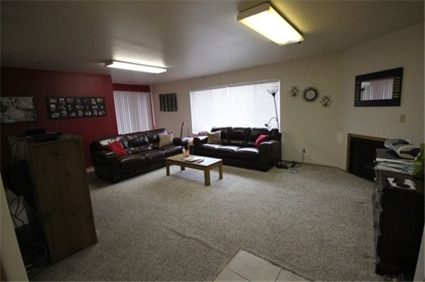 Provo Ut Apartment Rental 948 N 50 E Rentler Com Rentler For The Home Rental Apartments Home Decor Home
