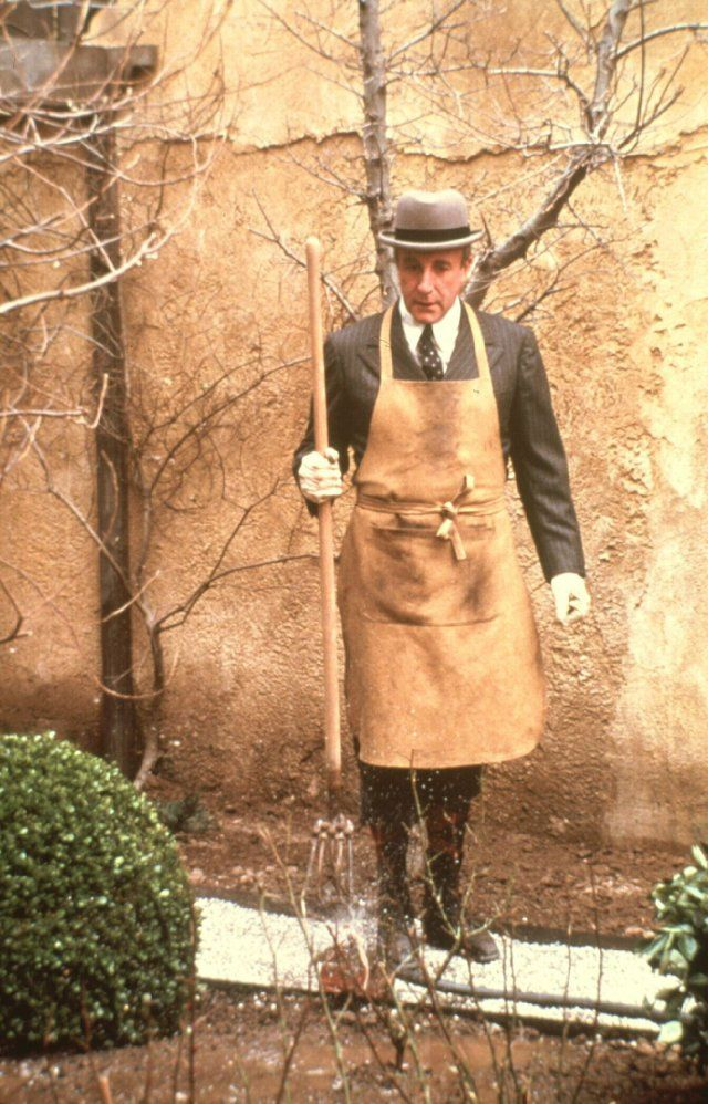 Most brilliantly written screenplay of all time - Being There. Peter  Sellers, as Chauncey Gardner, only knew of life from TV never leaving his  walled estate ...