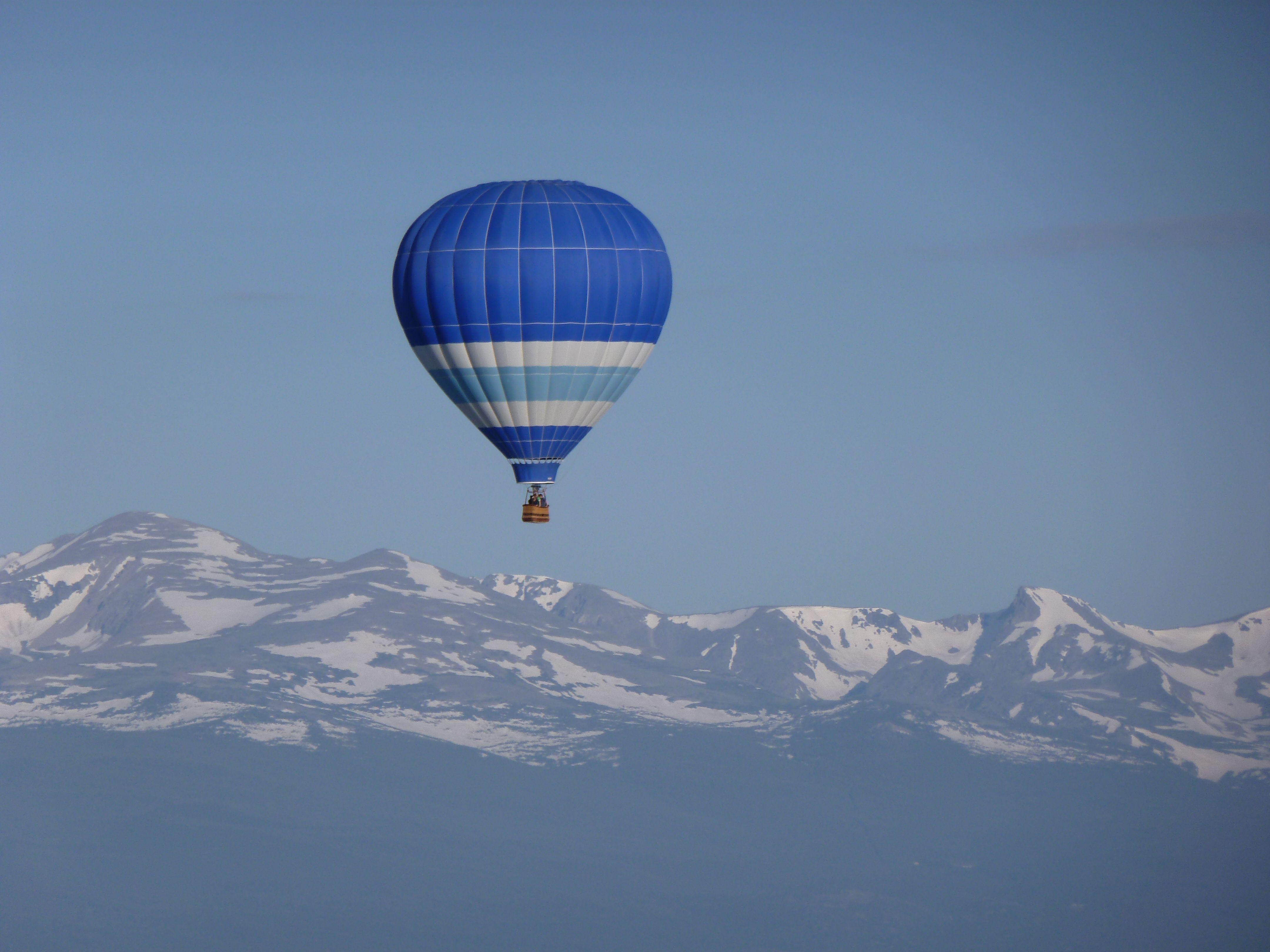Rocky mountain balloon ride
