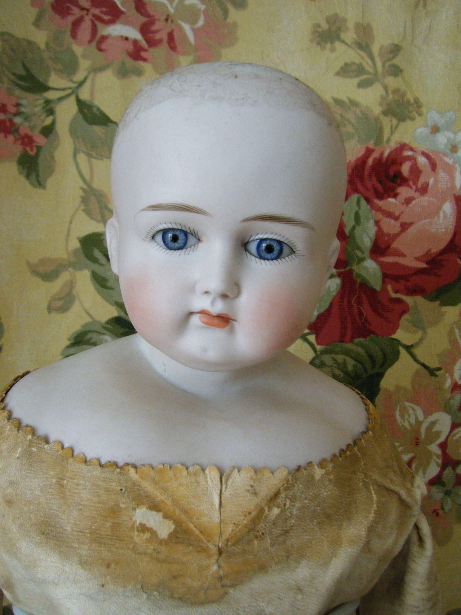 Stunning Beauty Early ABG Shoulder Head Circa 1885 French Market Fashion Doll