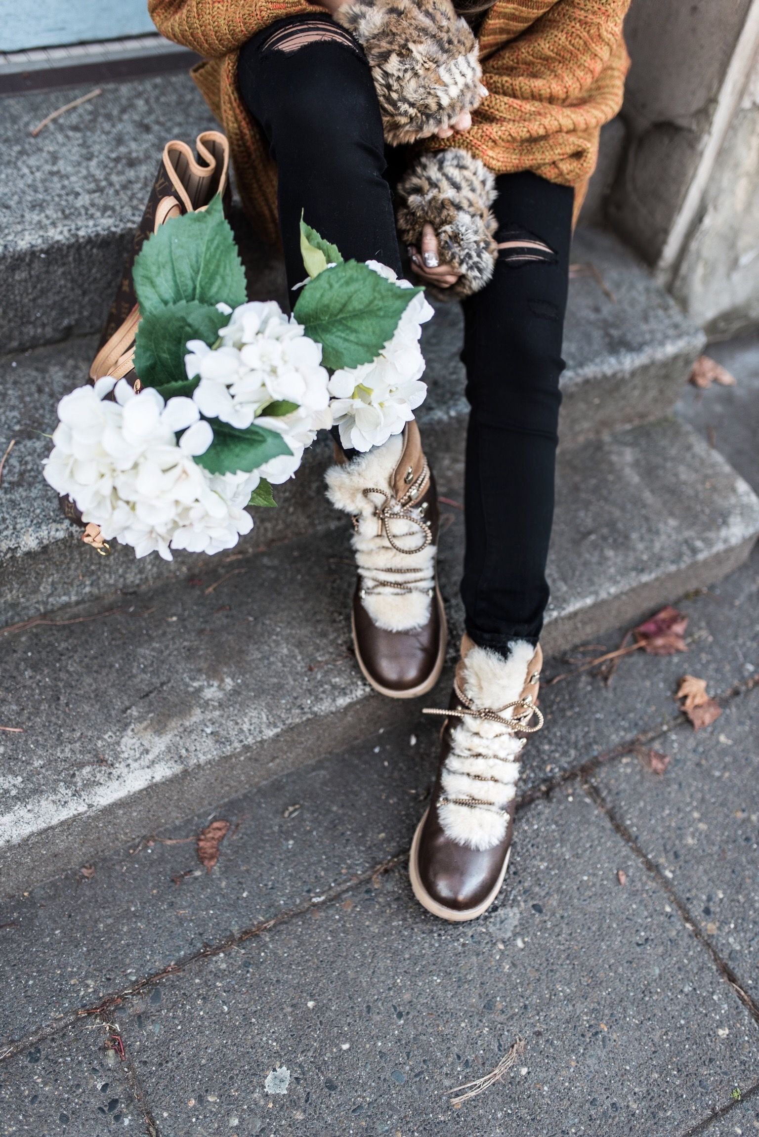 0a9f09a63d1 Zappos Ugg | Winter Style | Ugg boots outfit, Uggs, Fur lined boots