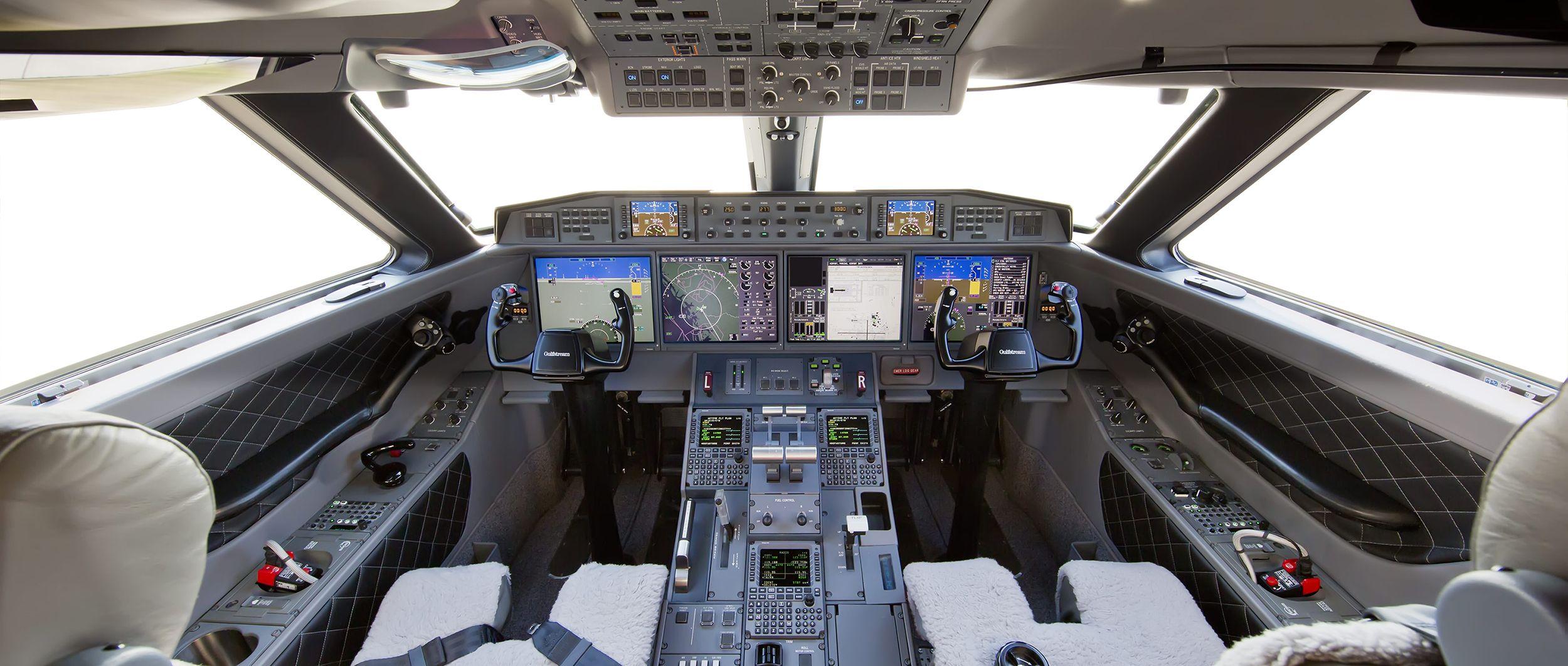 Gulfstream g650 interior bedroom g flight deck  aviationinly gulfsteam gusu gus