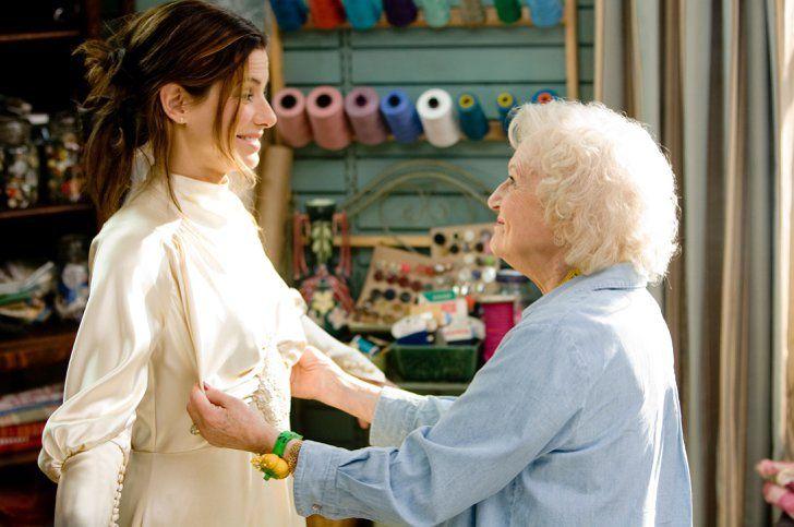 Pin for Later: Die 45 schönsten Hochzeitskleider aus Film und Fernsehen Selbst ist die Braut