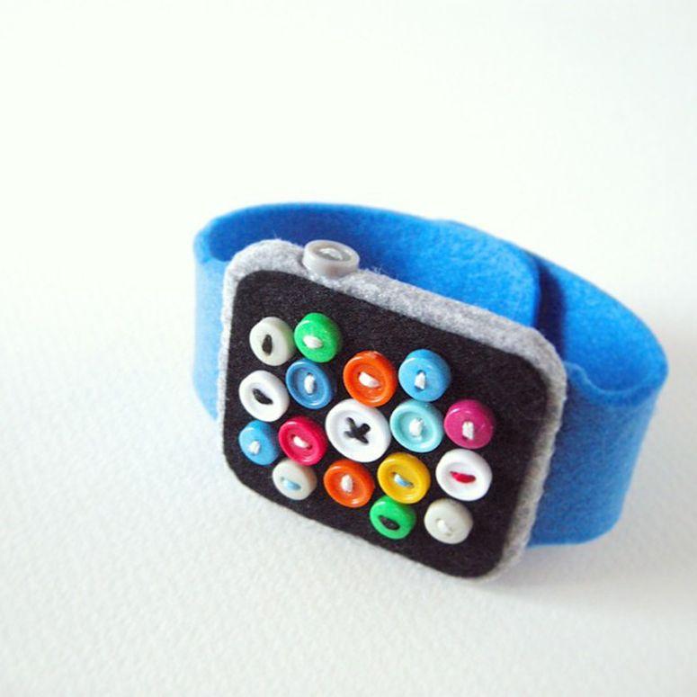 Apple Watch by Hine Mizushima