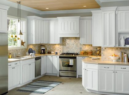 Clean Kitchen Cabinet Design White And Grey With Backsplash. LOVE