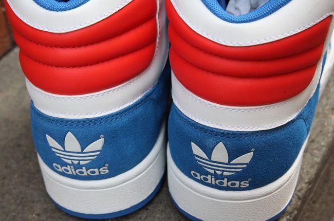 Destilar Corresponsal estera  adidas Originals Woodsyde 84 | Blue, white, Sneaker magazine, Adidas