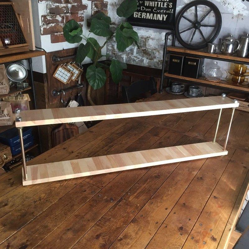 板に穴を開けてボルトを入れるだけ 六角ボルトと端材で作る簡易棚