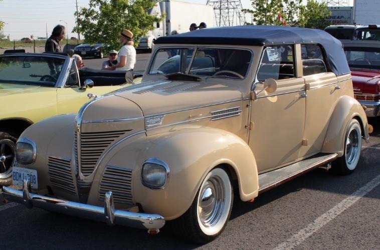 1939 Dodge 4 door convertible