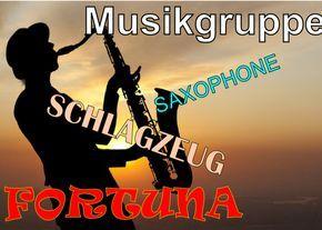 Dj Saxophone Fuhrung In Perfektem Deutsch Saxophone Schlagzeug Musikgruppe Fortuna Musiker Und Sanger Musikgruppe Und Tama Russische Musik Musik Saxophon