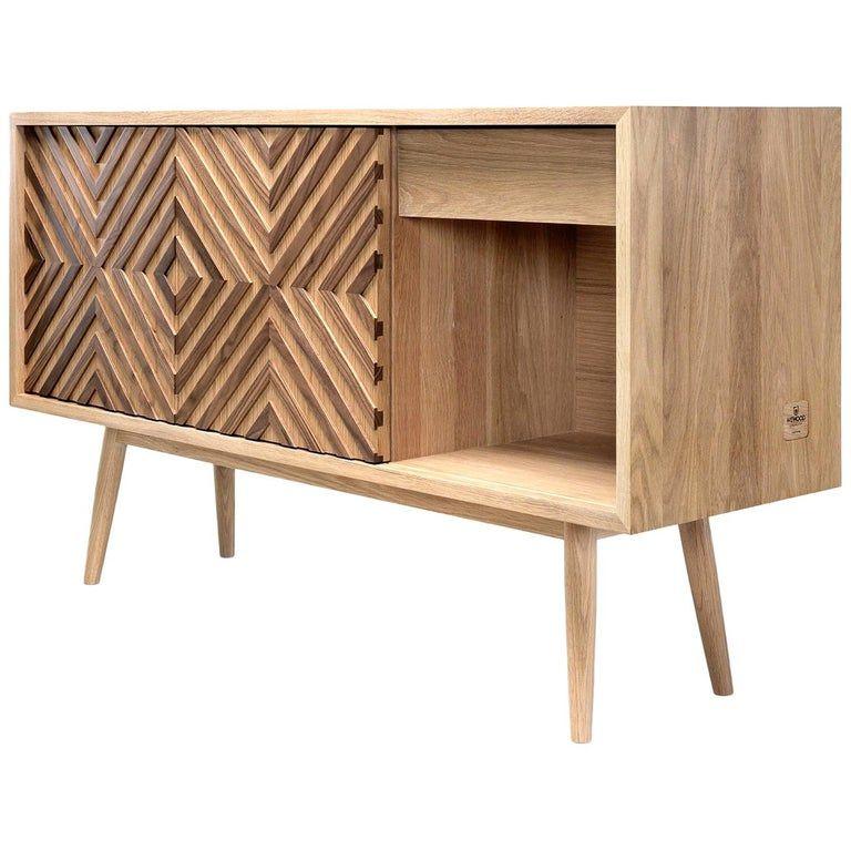 Very Elegant Walnut And Oak Sideboard Or Credenza In 2020 Furniture Design Wooden Oak Sideboard Credenza Design