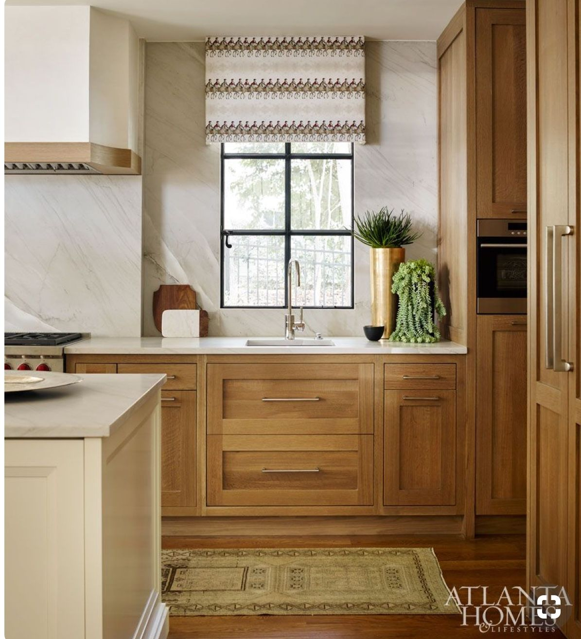 Timeless Kitchens 11 Kitchens With Stained Cabinets Living Room