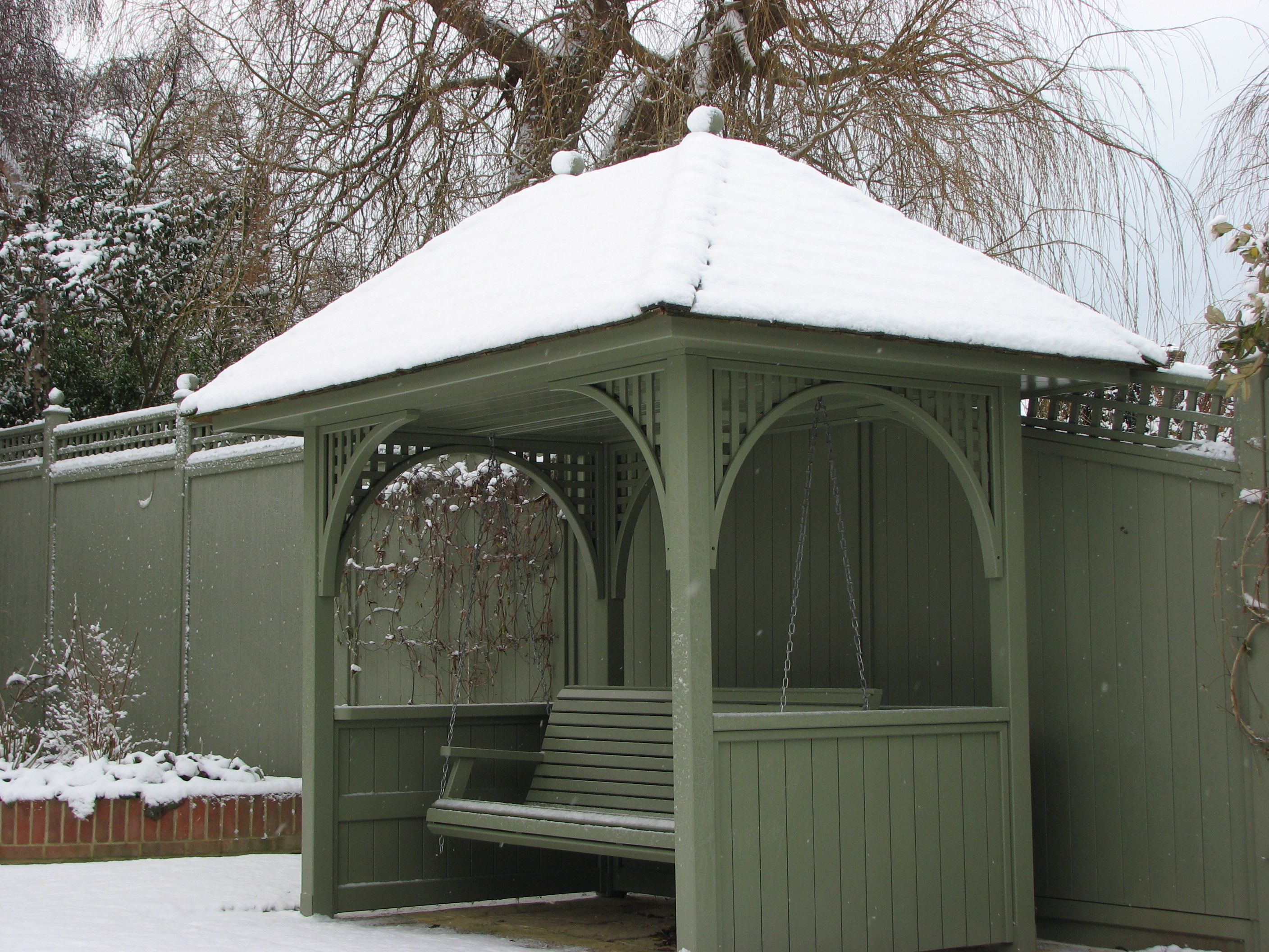 Painted Seating Arbour Perfect In Any Weather Garden Trellis Company