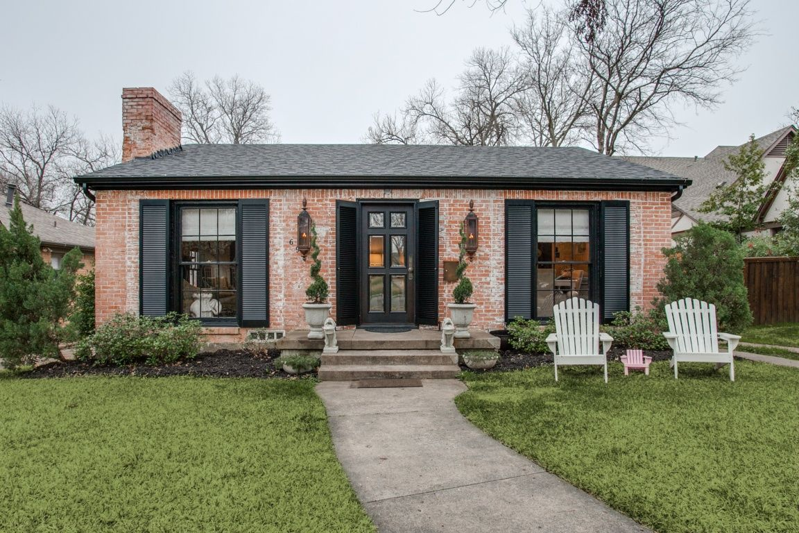 Hip Pocket: Enchanting Cottage in Hollywood Heights... | Farm House ...