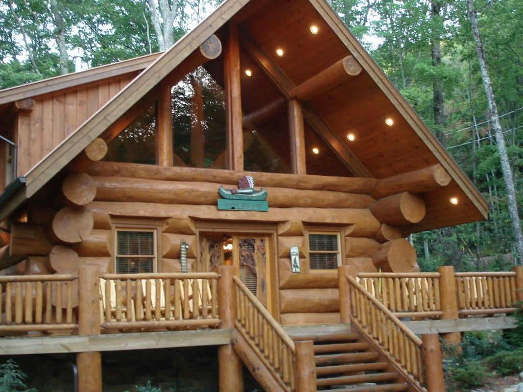 by near tn image mountains photo trees honeymoon cabin secluded for smoky tennessee under forge pigeon in bedroom cheap the apartment room finished gatlinburg hillbilly valley portable inspired rentals vrbo small owner mountain wears me hills log one cabins sale living