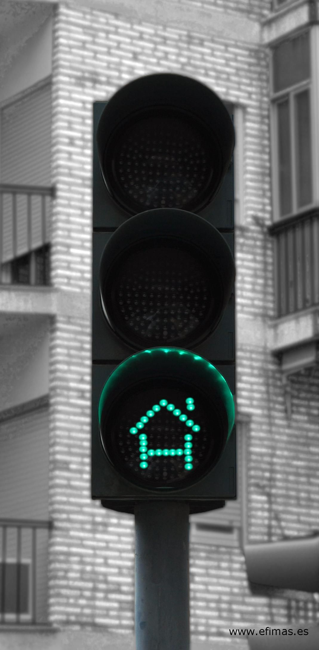 Certificación energética de edificios. Da luz verde a tu casa. build in green traffic light. www.efimas.es