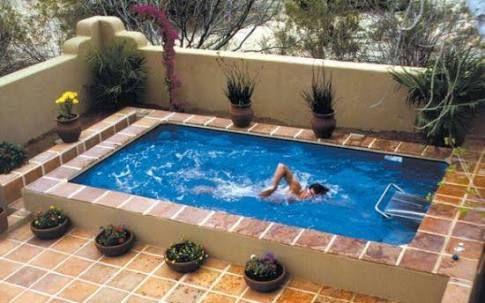 image result for piscina em lugares pequenos pool area
