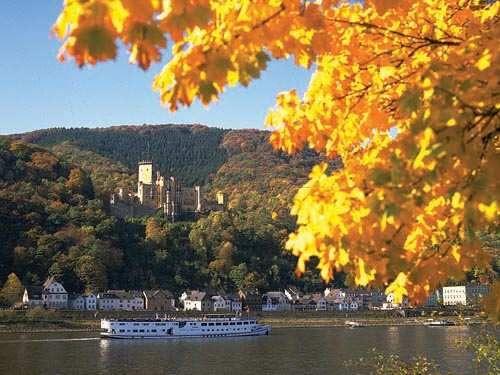 Duitsland Moezel Koblenz Cultuur Bouwwerken Natuur Landschap Paleis