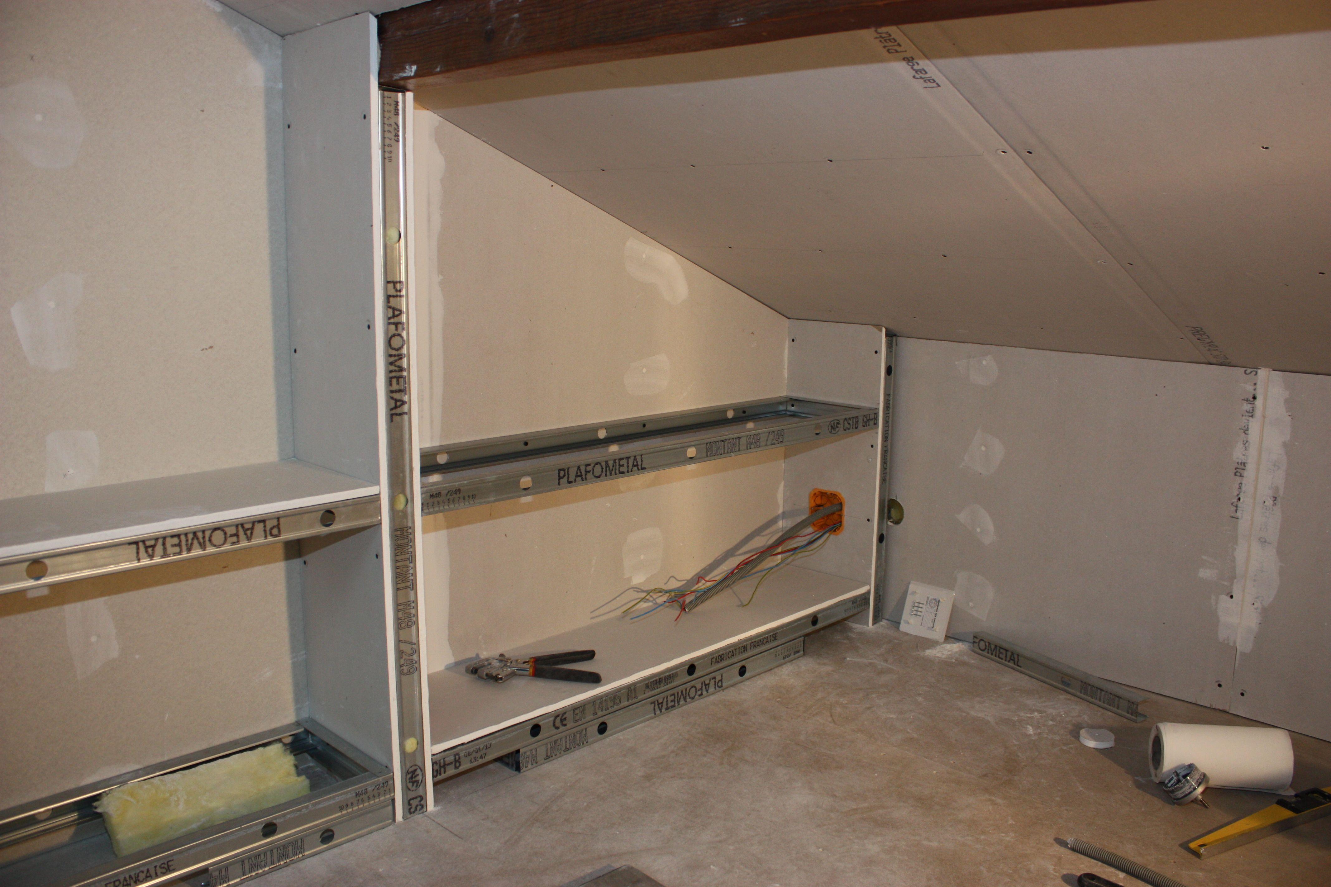 Epingle Par Zonetravaux Blog Sur Travail Du Placo Par Zonetravaux Idee Deco Appartement Isolation Combles Astuces Maison