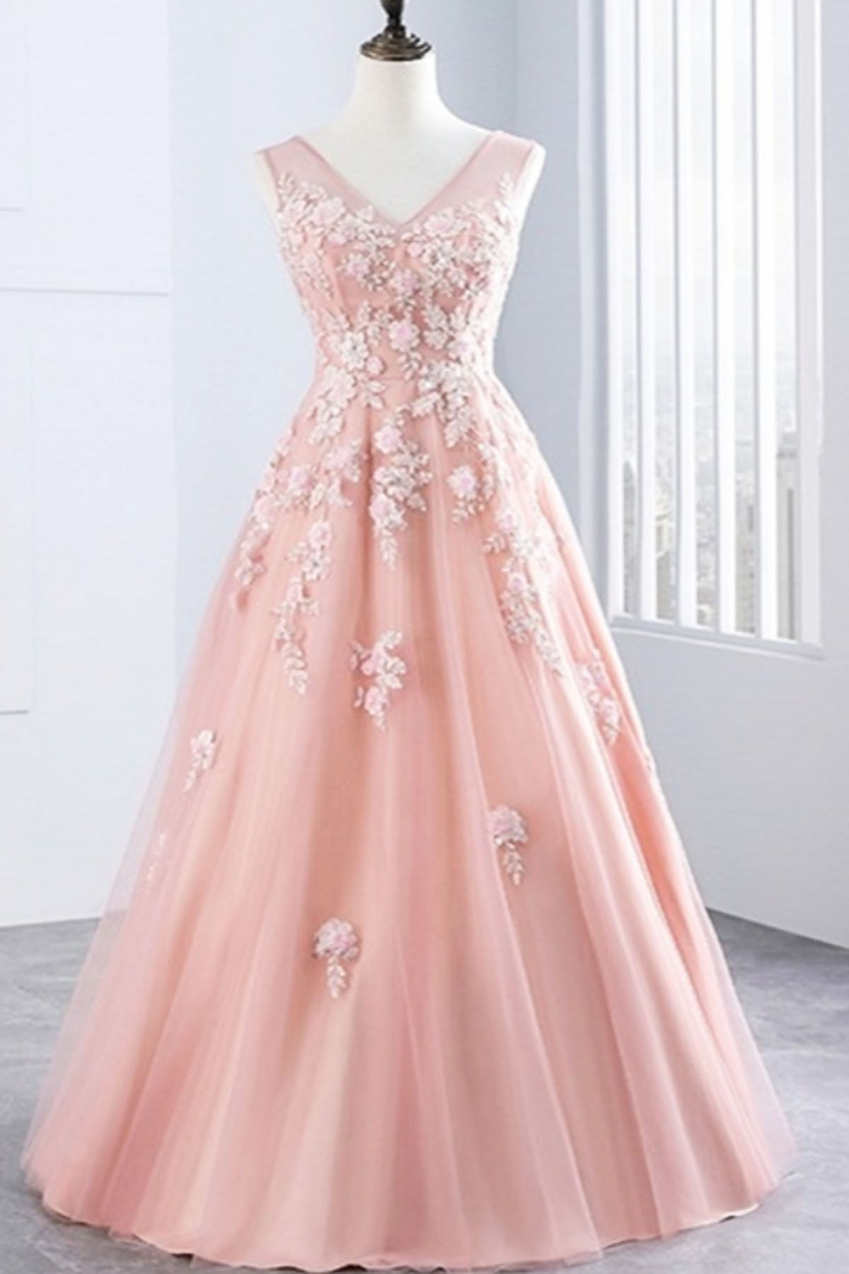 Prom dressesnew prom dressstylish pink tulle long v neck lace up