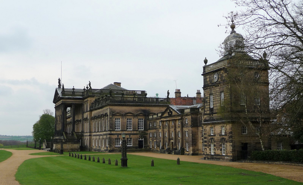 Wentworth Woodhouse Is A Grade I Listed Country House In The Village Of Wentworth Near Rotherham Sout With Images Wentworth Woodhouse English Country House Castle Estate