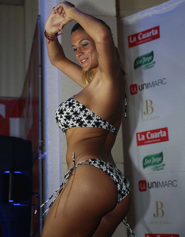 Fotos ] Giselle Gómez Rolón presentó su candidatura a reina con ...
